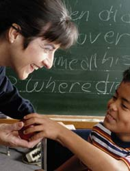 No hay más que una educación y es el ejemplo.